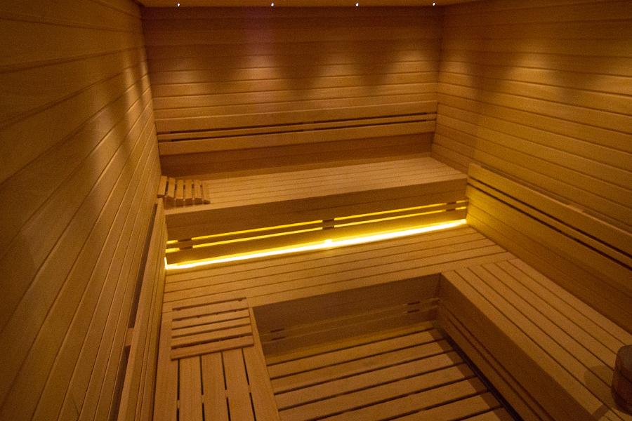 finska-sauna-one-wellness-spa-nis