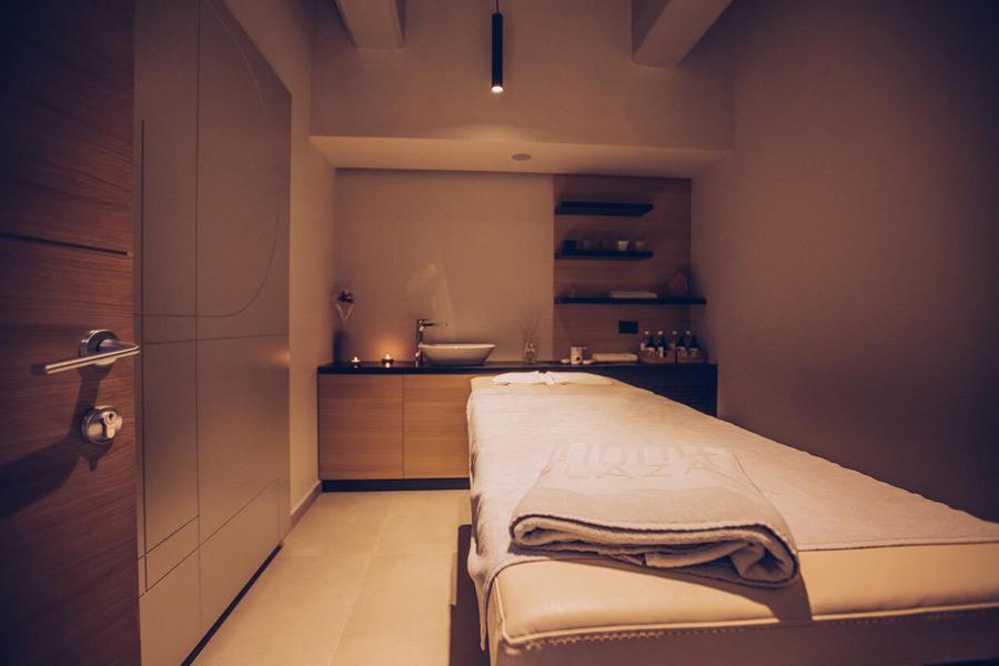 Mona Plaza masazni krevet